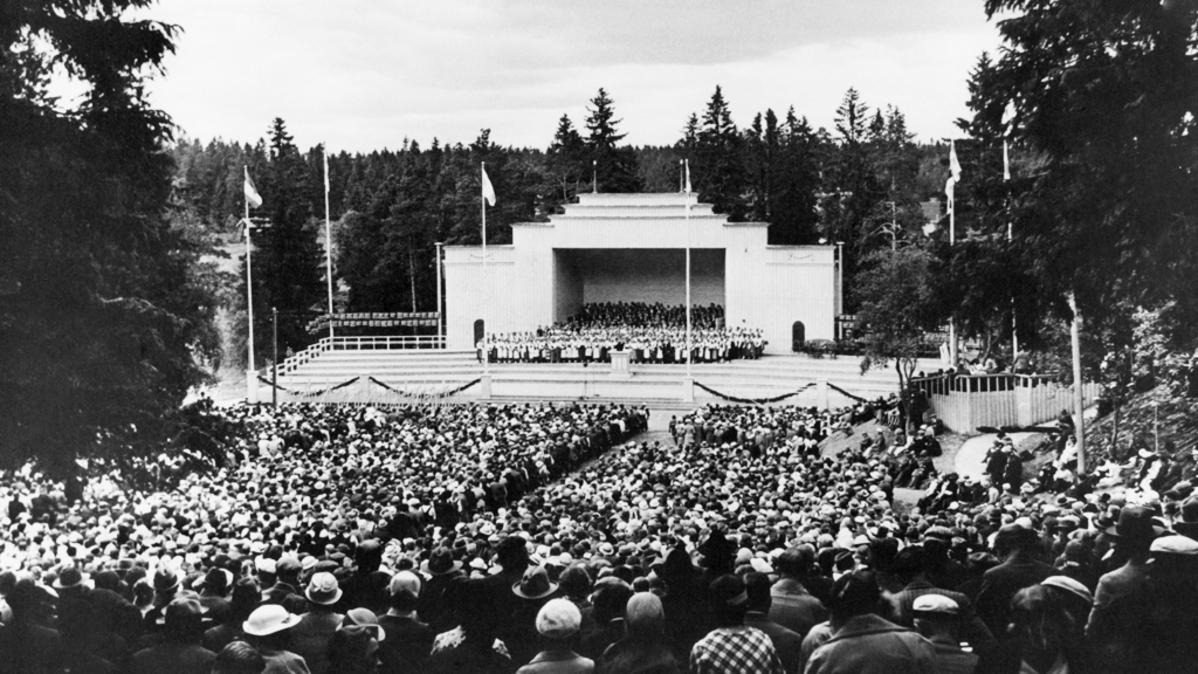 Karjalaiset laulujuhlat 2016