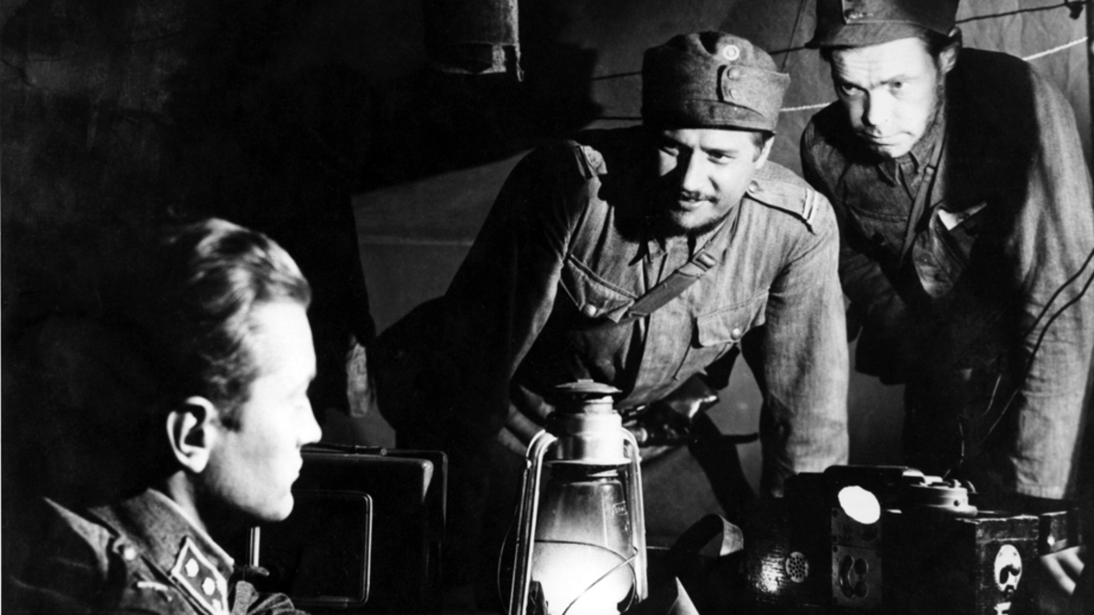 Jussi Jurkka, Reino Tolvanen and Kale Teuronen in the movie The Unknown Soldier