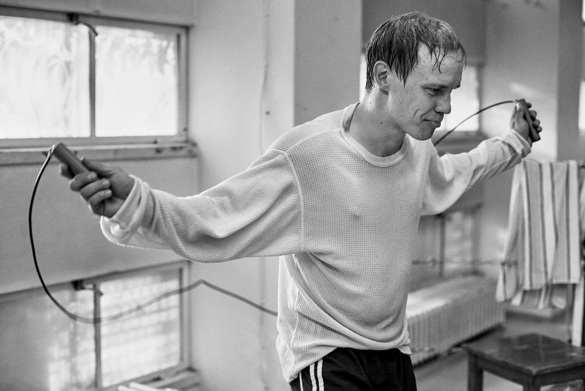 Kuvahaun tulos haulle Jarkko Lahti (Hymyilevä mies)