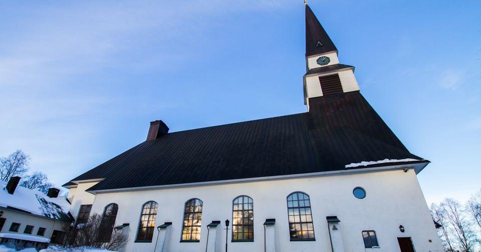 Kirkosta eroaminen lisääntynyt Lapissa viime vuodesta | Yle Uutiset | yle.fi