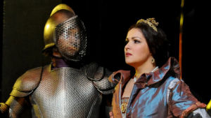 Anna Netrebko oopperassa Anna Bolena