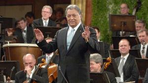 Uudenvuoden konsertti Wienistä, yle tv1