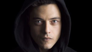Mr. Robot -sarjan päähenkilö Elliot Alderson (Rami Malek)
