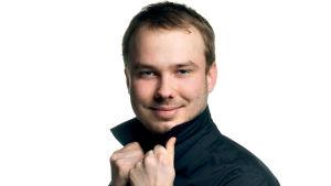 Alttoviulisti Jussi Tuhkanen