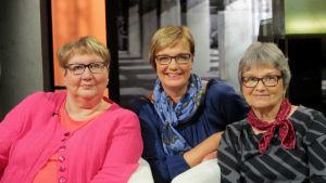 Anneli Kanto (vas.), Hilla Blomberg ja Kristiina Harjula