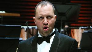 Basso Mikhail Petrenko