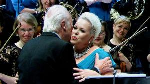 Säveltäjä Aulis Sallinen ja sopraano Johanna Rusanen-Kartano