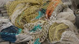 värikkäät kalaverkot