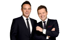 Brit Awards 2015 -gaalan juontajat Ant ja Dec