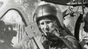 Hävittäjälentäjä Salm