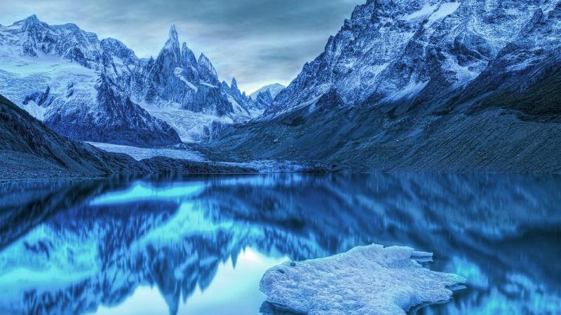Alppien vesistöt muodostavat erityislaatuisen ympäristön, joka on suurelta osin yhä koskematon.