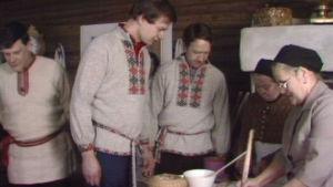 Vanamo ja Kolmonen Boman talossa vuonna 1979.