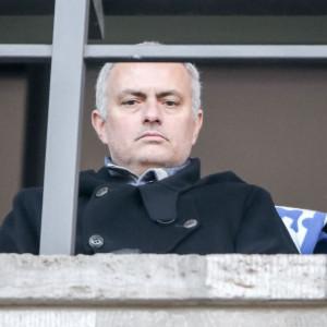 José Mourinho säger att han snart tränar ett lag igen.