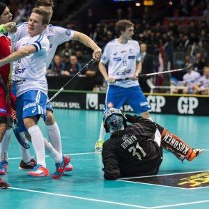 Eero Kosonen vaktade Finlands mål i 9-2 segern i VM-kvalet mot Danmark.