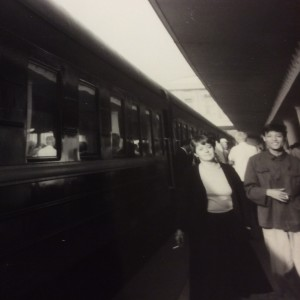 Gungerd Wikholm och Chiang Hong Jen på Pekings station