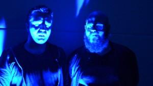 Ted och Björn i blåt ljus