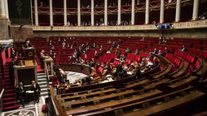 Franska parlamentet debatterar frågan om att kunna ta upp