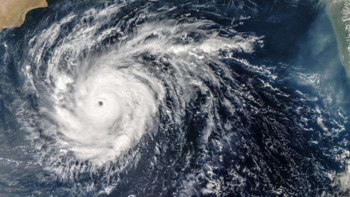 Bangladesh svenskar kvar trots cyklonhot