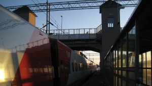 Tåg på Karis järnvägsstation