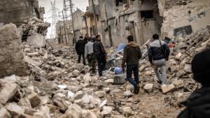 Medlemmar i  Fria syriska armén i staden Homs i februari 2013