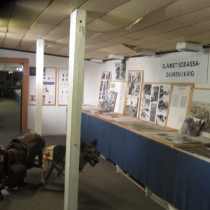 Interiör från frontmuseet i Lappvik i Hangö.