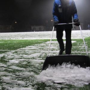 FC Futura höll snöskottningstalko på Kvarnbackens konstgräsplan i Borgå