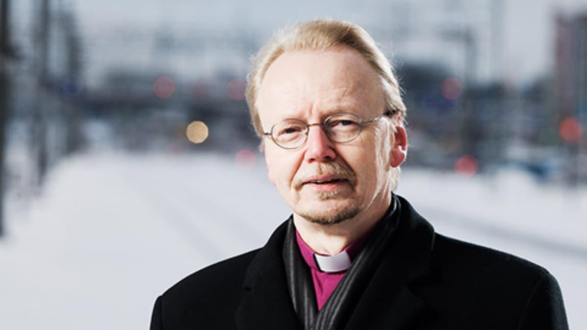 Kari Mäkinen on uusi arkkipiispa | Yle Uutiset | yle.fi