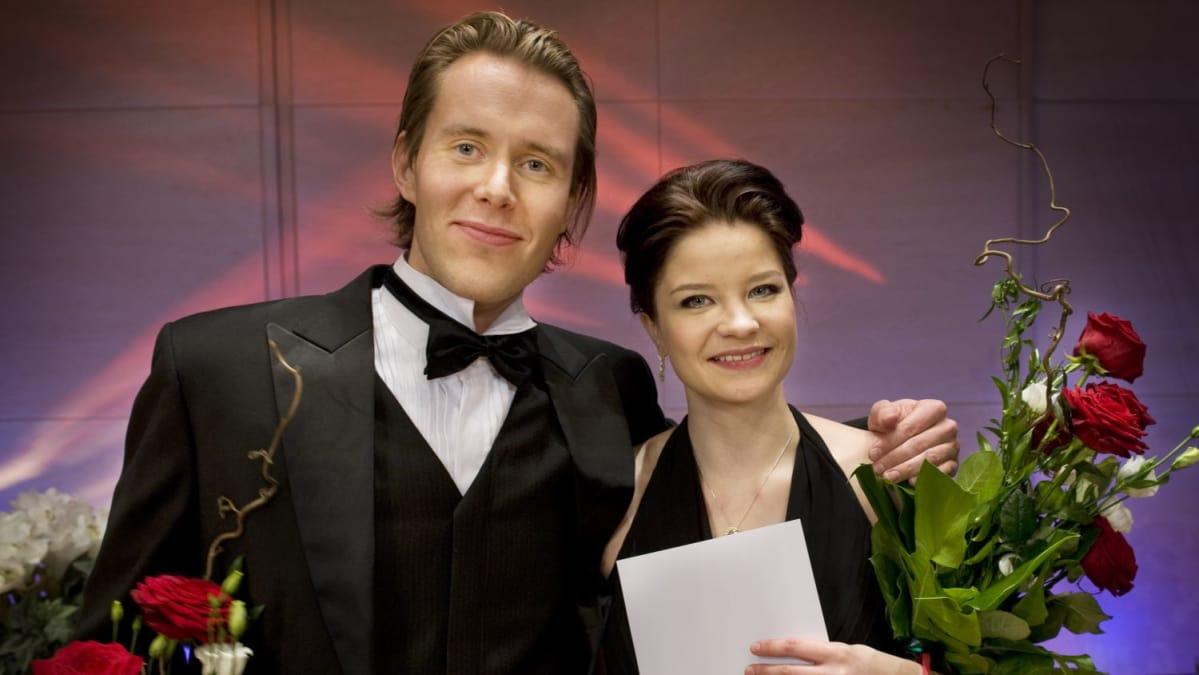 Marjukka Tepponen ja Waltteri Torikka voittivat Lappeenrannan laulukilpailun | Yle Uutiset | yle.fi