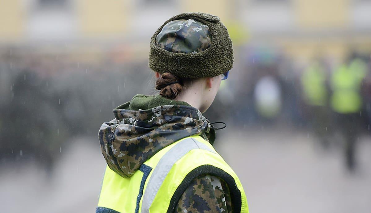 Nainen Armeijaan