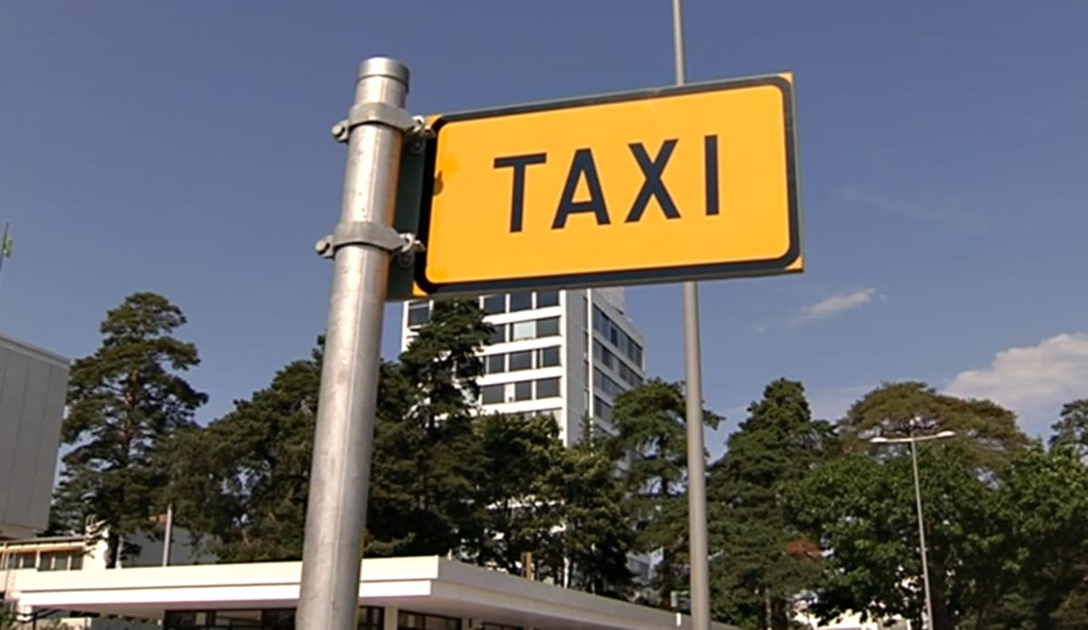 Taksiyrittäjän Palkka