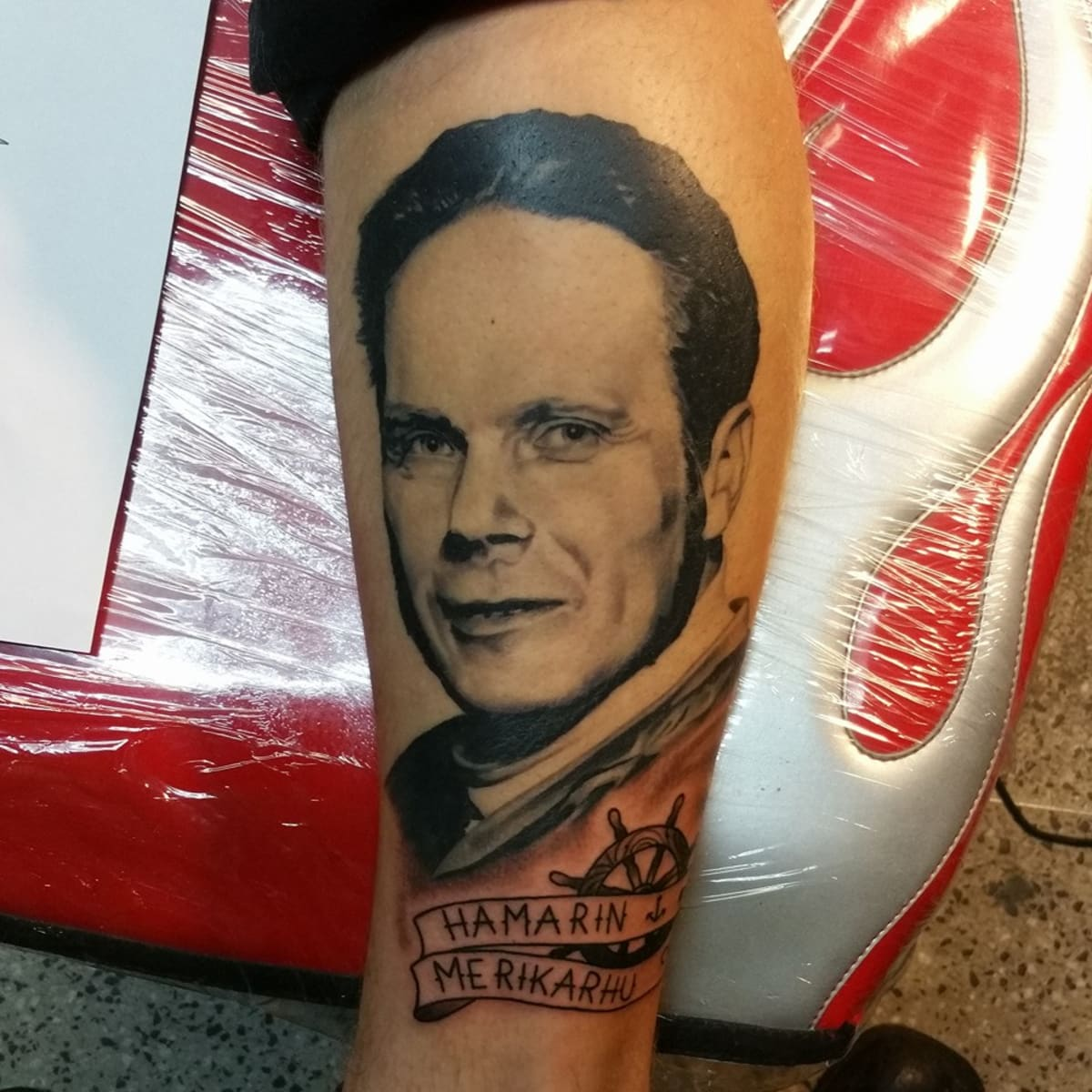 tatuointi jalkaan Porvoo