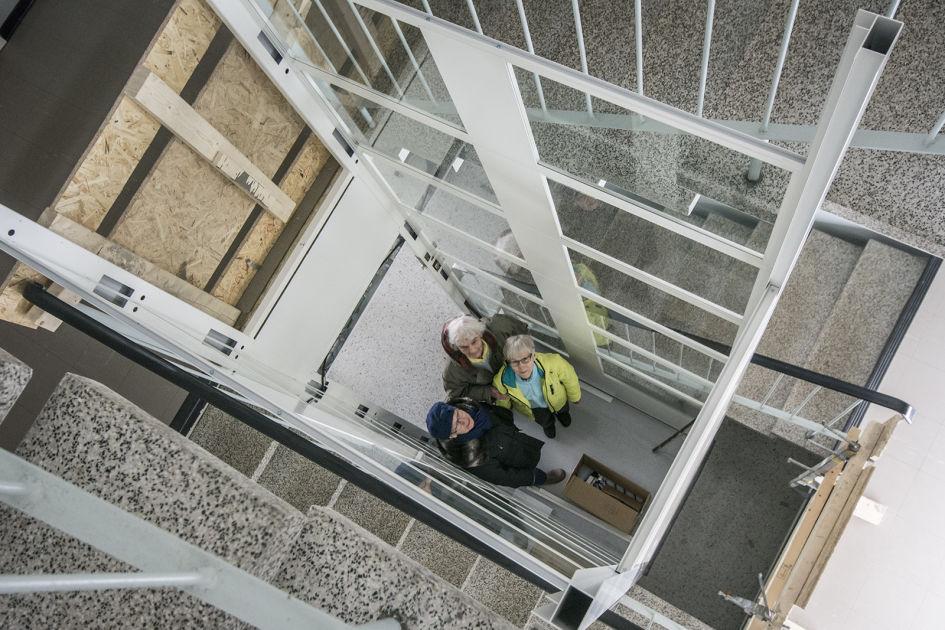 Hissin rakentaminen vanhaan taloon helpottaa ikäihmisen