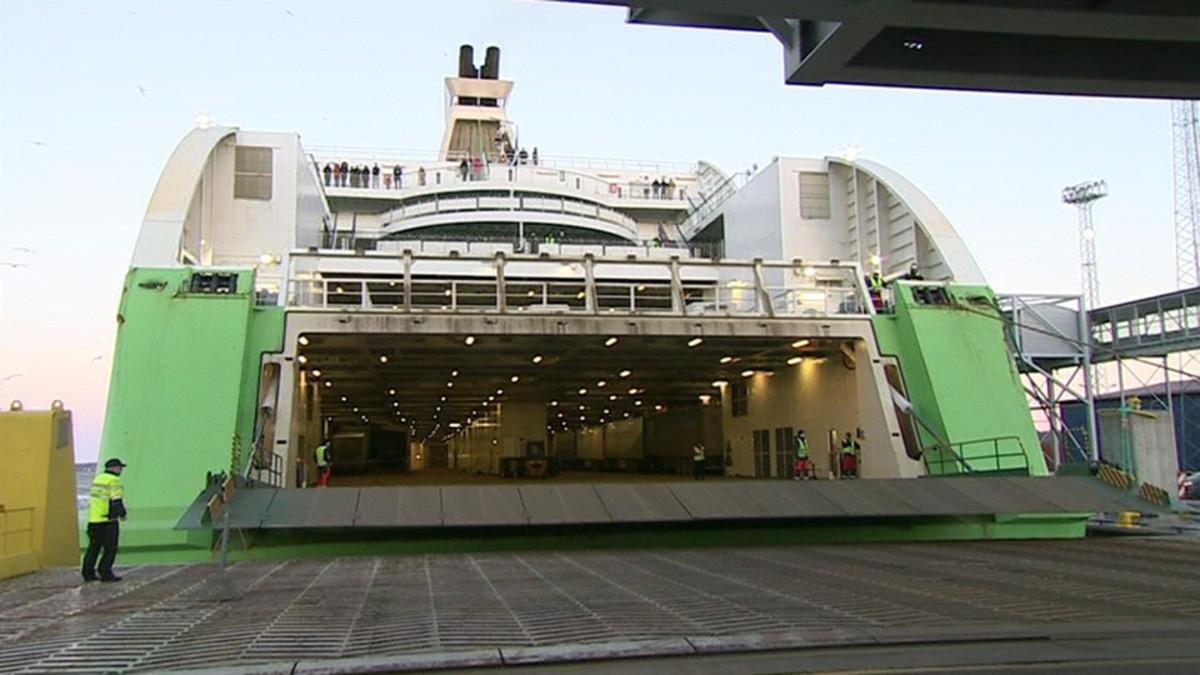 Ramppivikainen Tallink Star saapuu Tallinnaan – video   Yle Uutiset   yle.fi