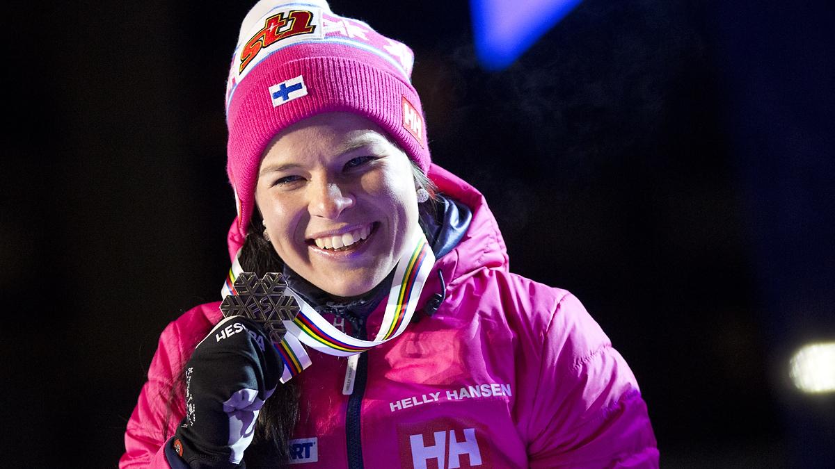 Katso palkintojenjako: Krista Pärmäkoski sai MM-hopean kaulaansa! | Yle Urheilu | yle.fi