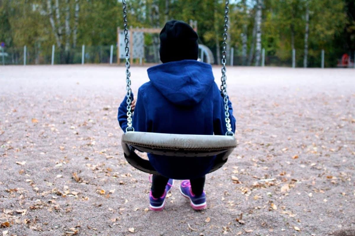 nuorten auttava puhelin 24h Vantaa