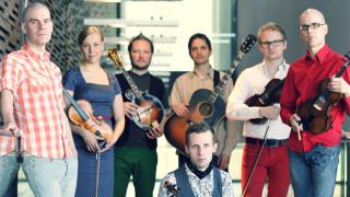 Audio: Saako monikulttuurisuus kuulua kansanmusiikissa?