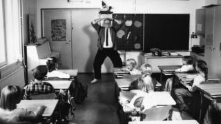 Audio: Koulutuksen mallimaa jäämässä luokalle