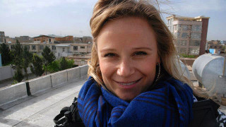 """Audio: Afganistanissa asunut suomalaisnainen: """"Kaipaan normaalimpaa konfliktialuetta"""""""