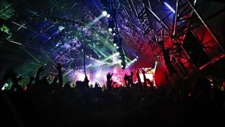 Audio: Festivaalit tuottavat hetken hurmosta ja piristävät taloutta