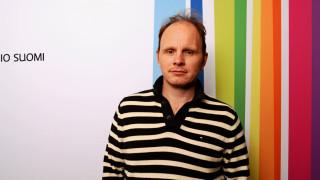 Audio: Ohjaaja Dome Karukoski teki elokuvan taiteilija Touko Laaksosesta
