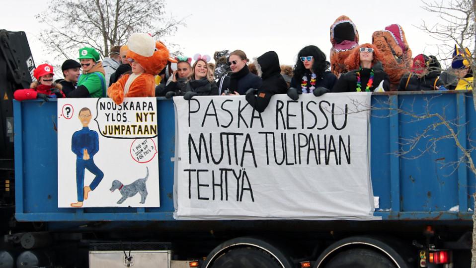 Penkkaririehaa Oulussa.