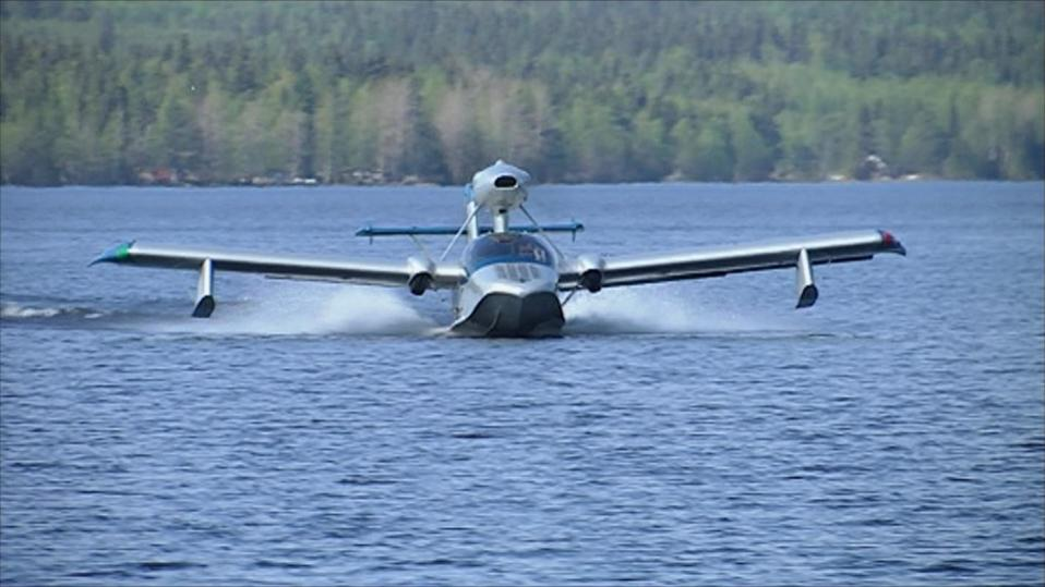 Ensimmäiset koneet lähtevät pian maailmalle Suomen ainoasta lentokonetehtaasta