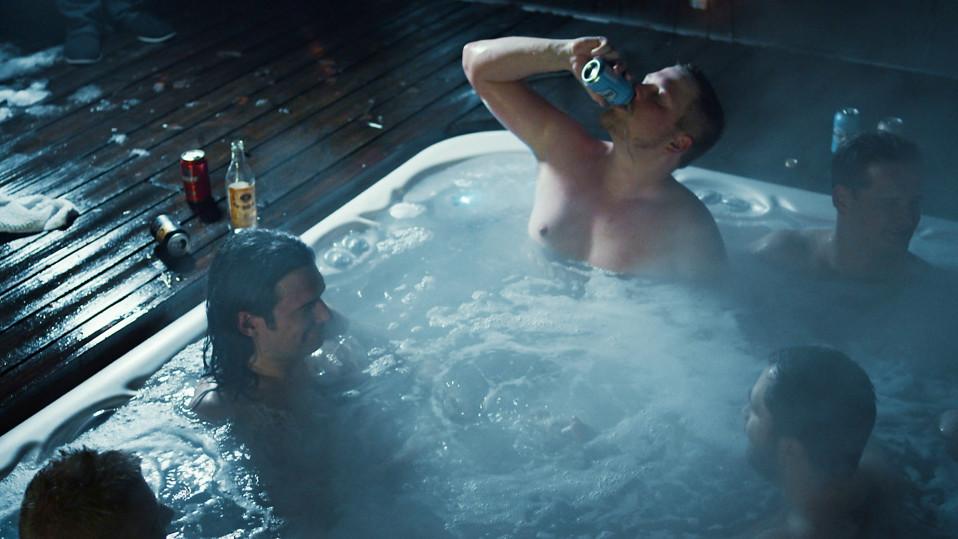 Suomalaisen pelihypen toinen puoli avautuu uutuuselokuvassa – isot riskit ja rahaongelmat nakertavat menestyjiäkin