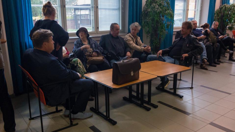 Pantse Syrjää syytetään kolmesta eri pahoinpitelystä – bändin jäseniä mukana oikeudessa