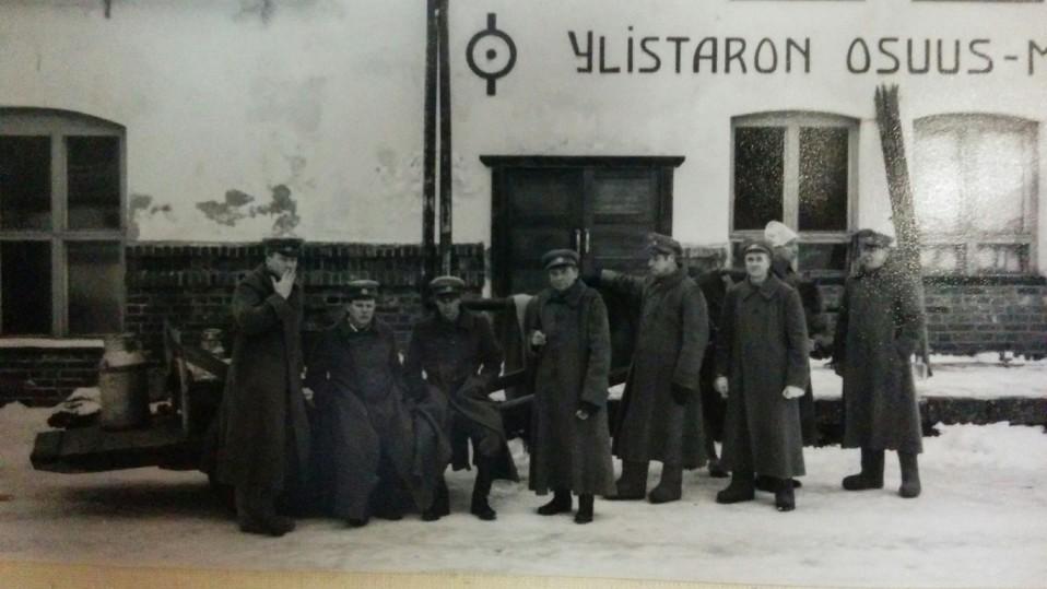 vanha valokuva Ylistarosta 1918.