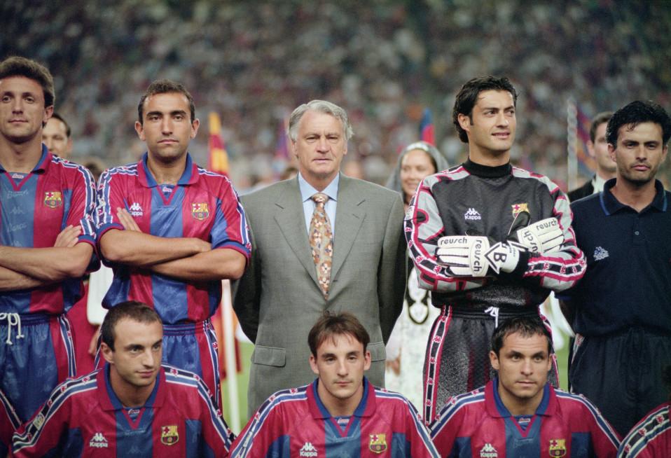 Bobby Robson ja Jose Mourinho.