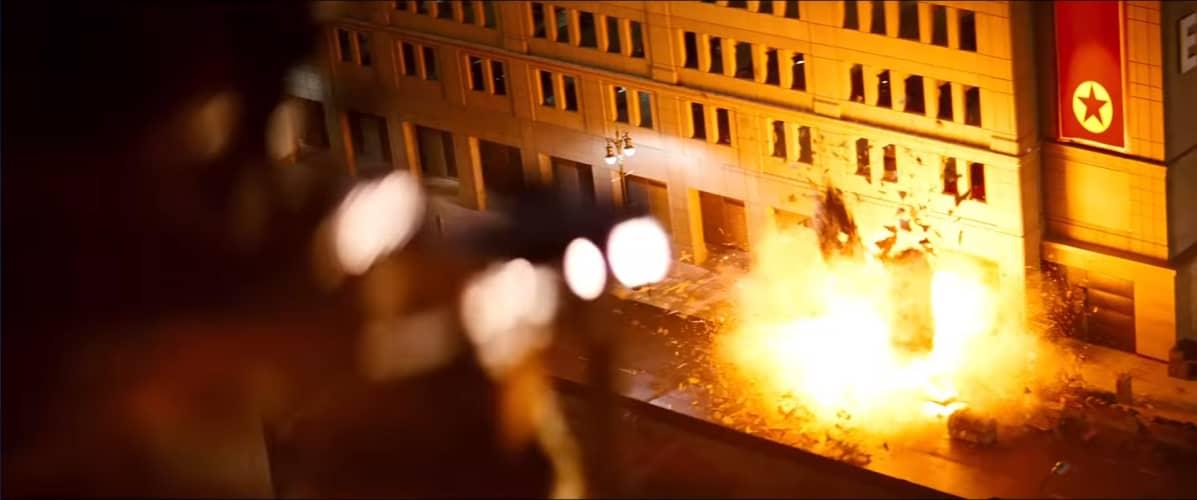 Kuvakaappaus Red Dawn -elokuvan trailerista.