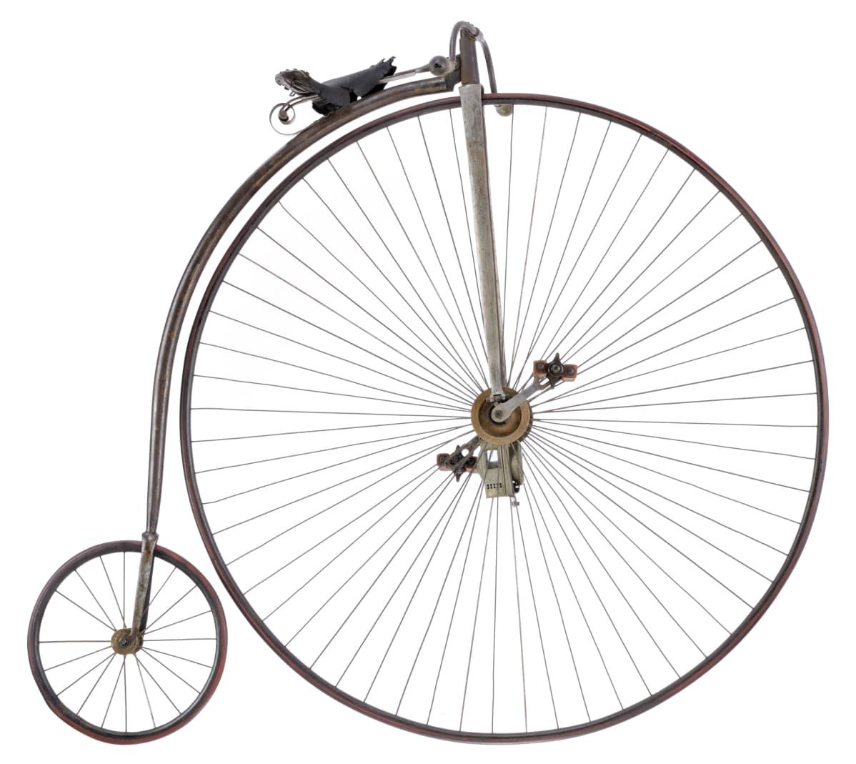 Isopyöräinen vuodelta 1885.