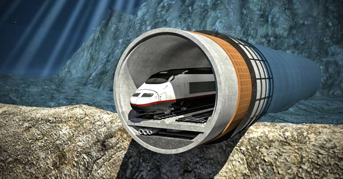 juna tunnelissa