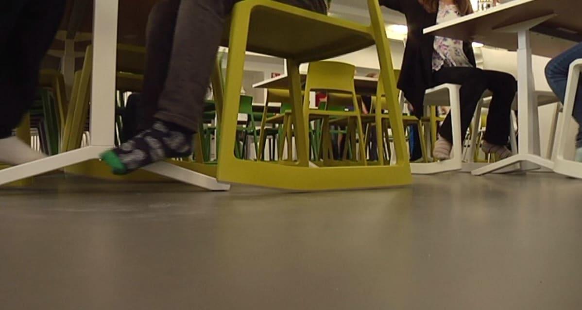keinuva tuoli